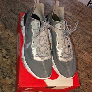Nike react element 55 running shoes Silver sz10.5